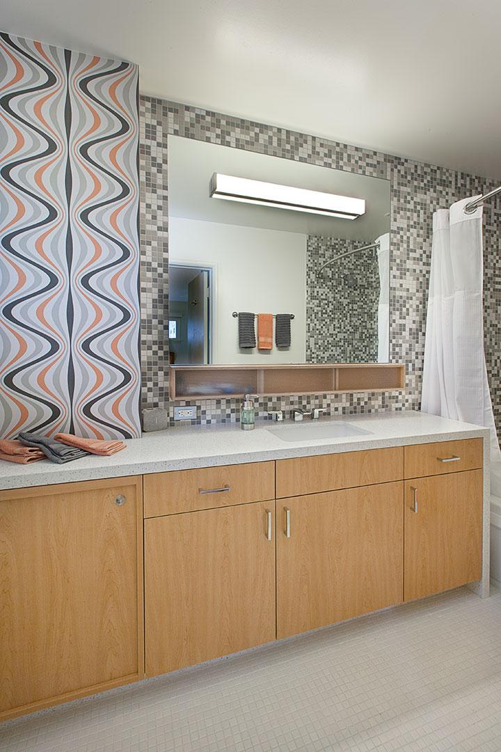Cactus Inc Bathroom cabinets