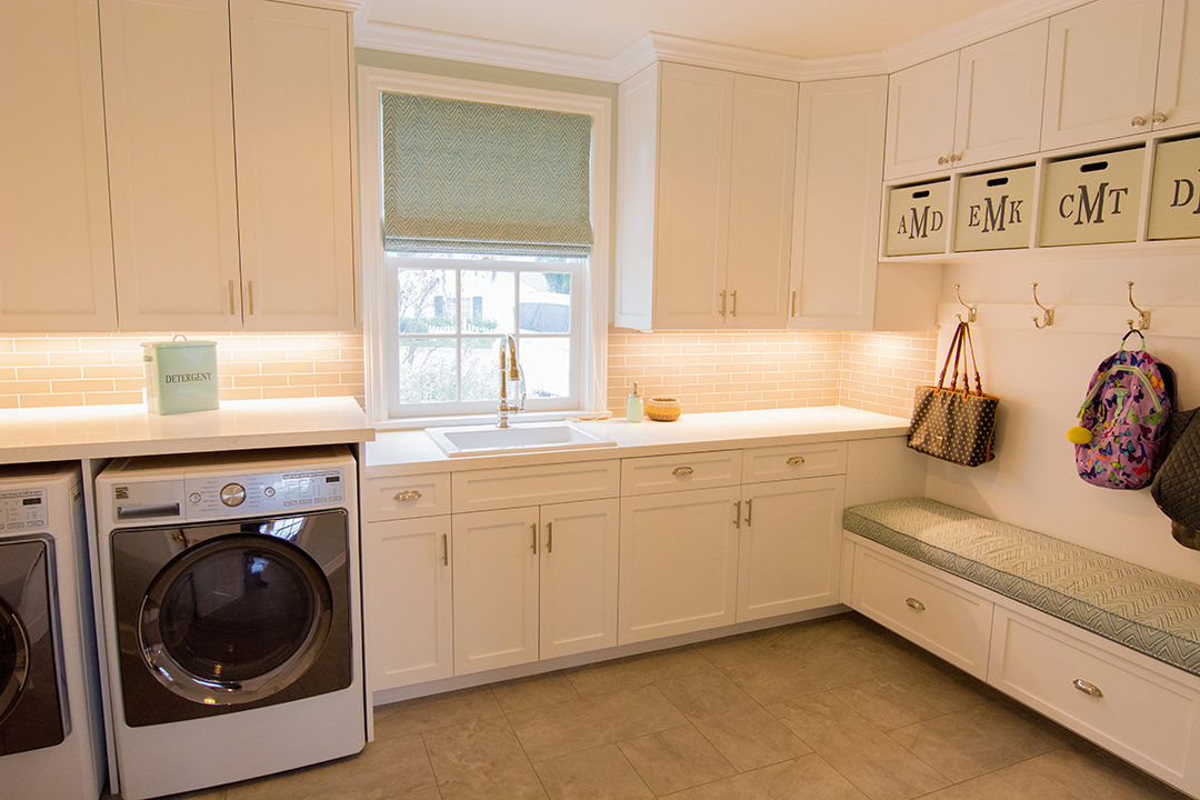Custom Cabinets by Cactus Inc. in Manhattan Beach Laundry room